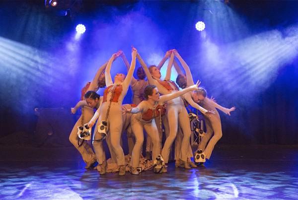 Modern Theatre Dance