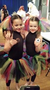 Duet bronze festival dancing ballet